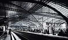 Helmut May - Bahnhof